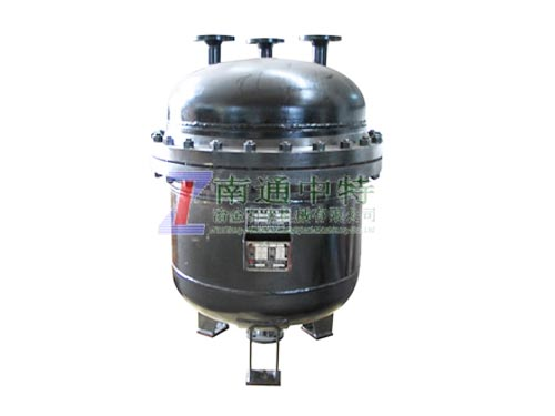 QZ-1462型氯气逆止罐